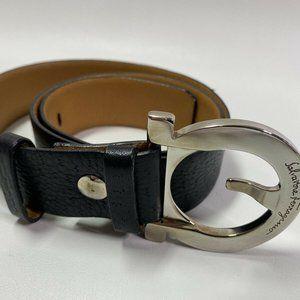Ladies Salvatore Ferragamo Black Leather Belt Sz S
